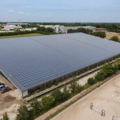 Installation solaire en toiture du centre équestre de Bourgbarré