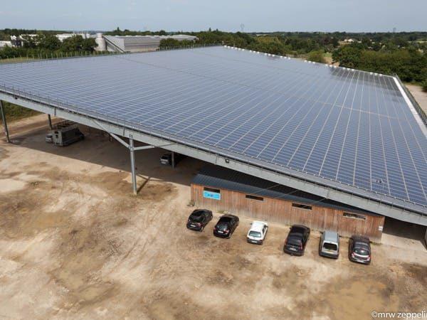 Centrale photovoltaïque en toiture du centre équestre de Bourgbarré