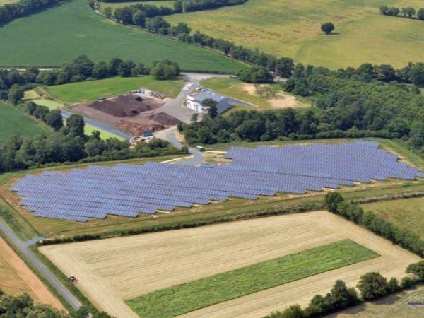 Centrale solaire au sol à Foussais-Payré (85)
