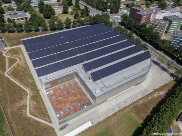 Installation photovoltaïque sur stade couvert à Nantes (44)