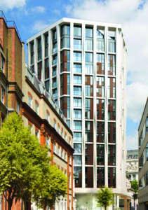 Réhabilitation d un immeuble de bureaux en logements de luxe