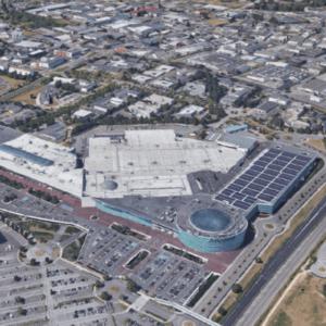 Le centre commercial Atlantis passe à l'autoconsommation en installant une centrale solaire sur sa toiture.